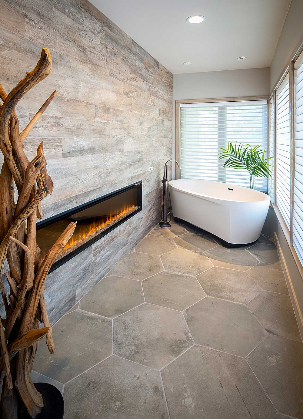 Luxury Bathroom Design With Freestanding Tub