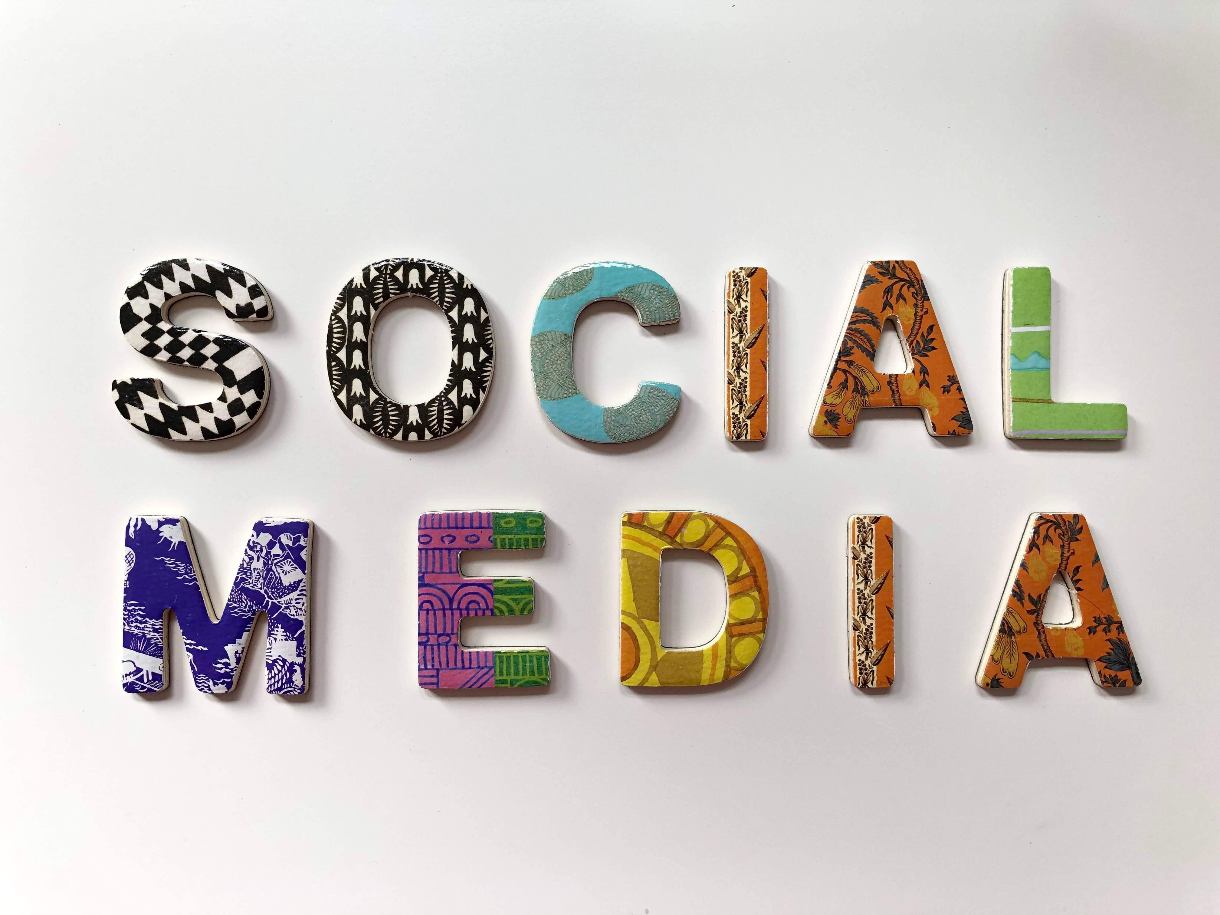 Les 5 commandements sur les réseaux sociaux