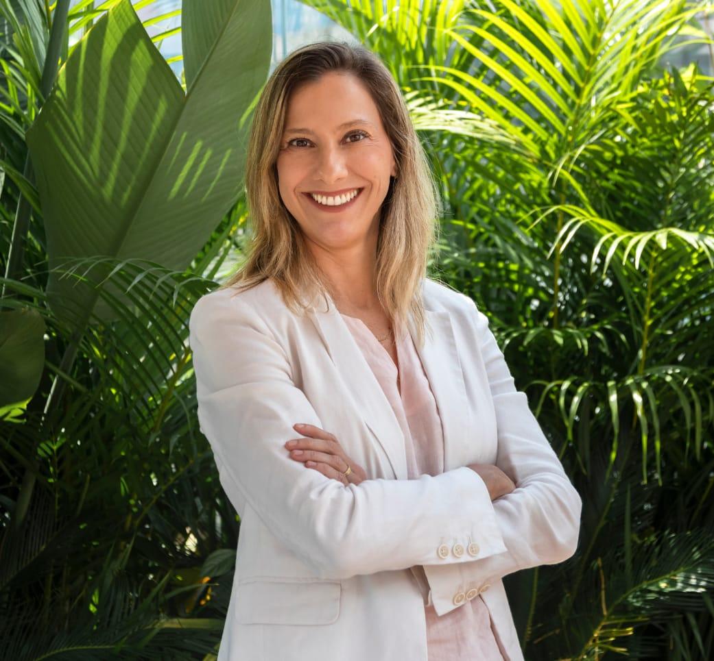 Mônica Santos