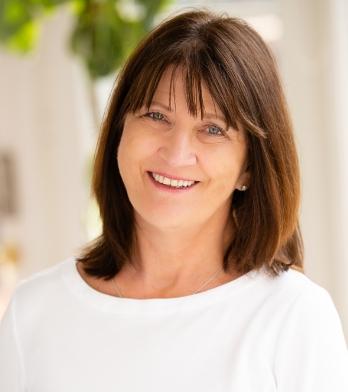 Tania Cogdill profile image.