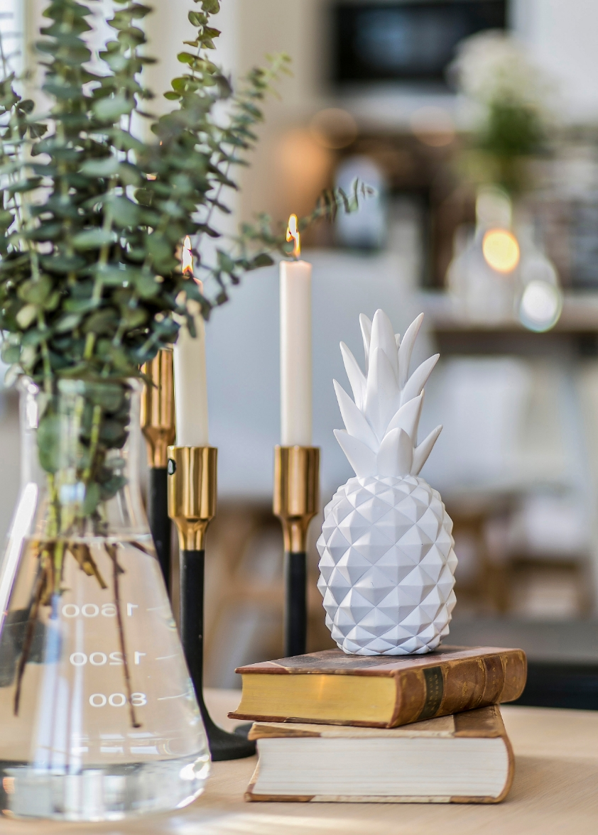 Pineapple decor.