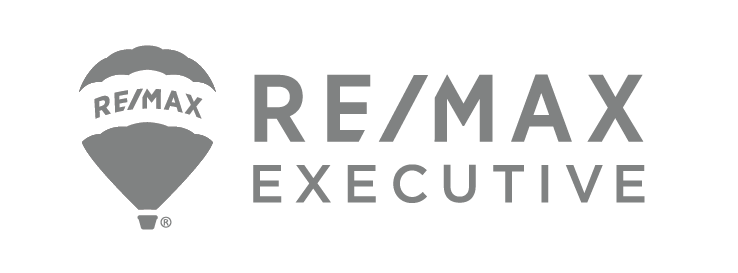 REMAX logo transparent.