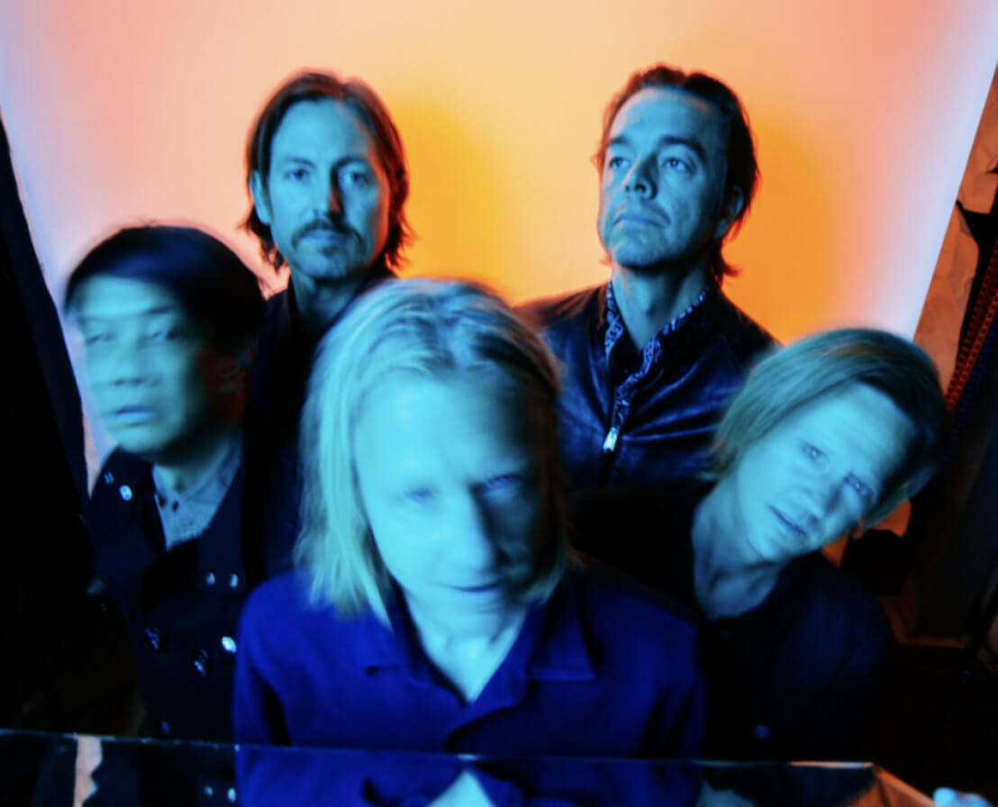 Image of the band Switchfoot blurred out