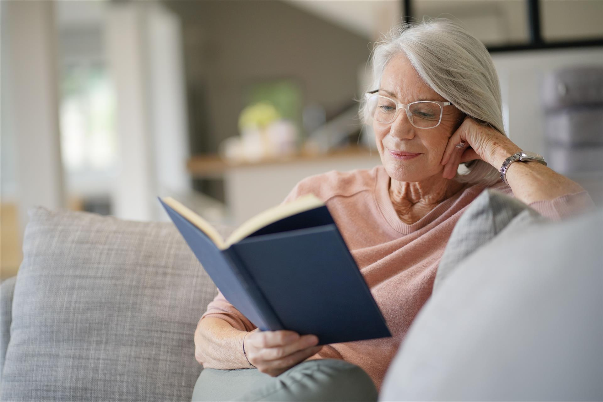 5 Reasons to Read in Your Assisted Living Apartment