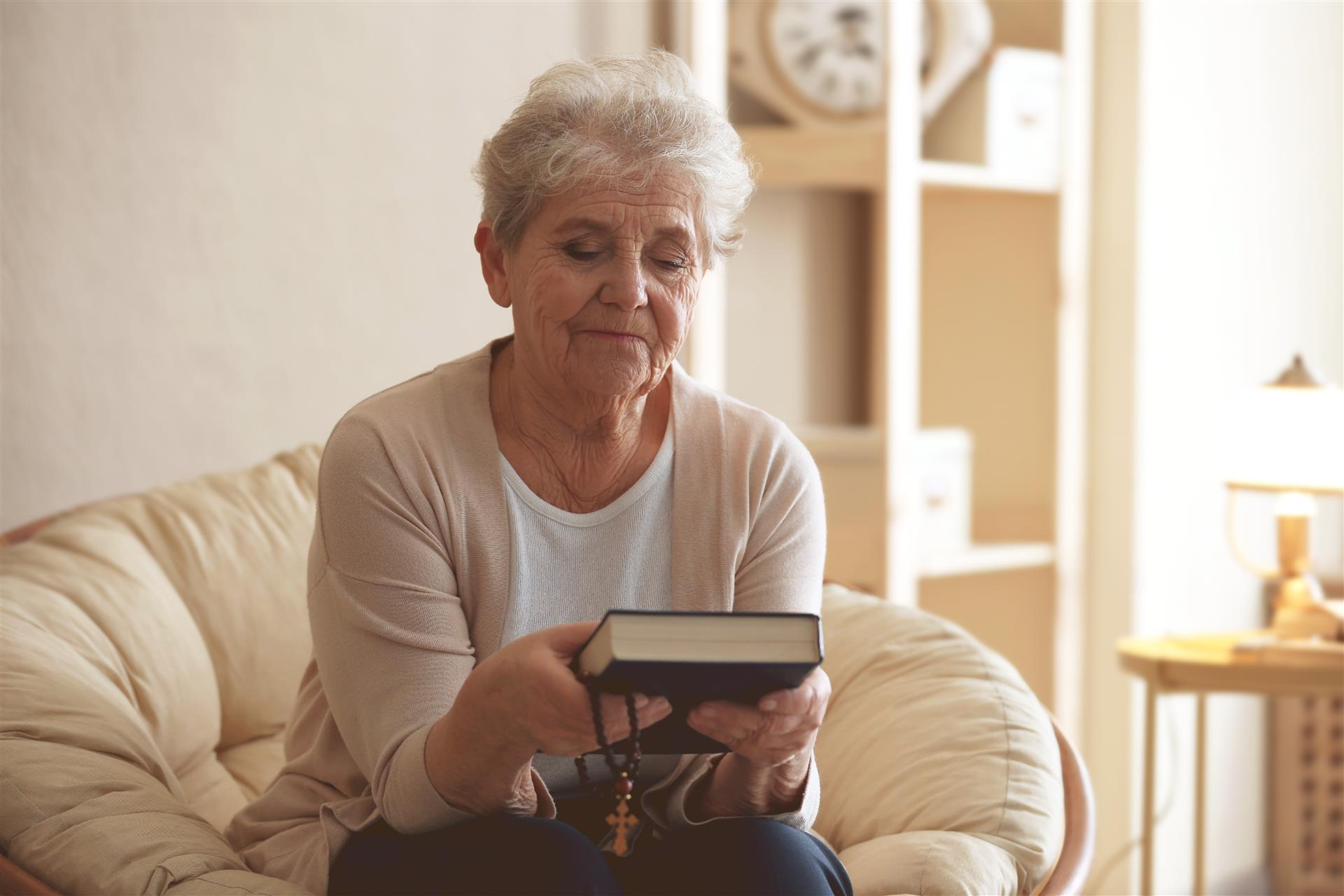 7 Bible Passages to Turn to in Your Assisted Living Apartment