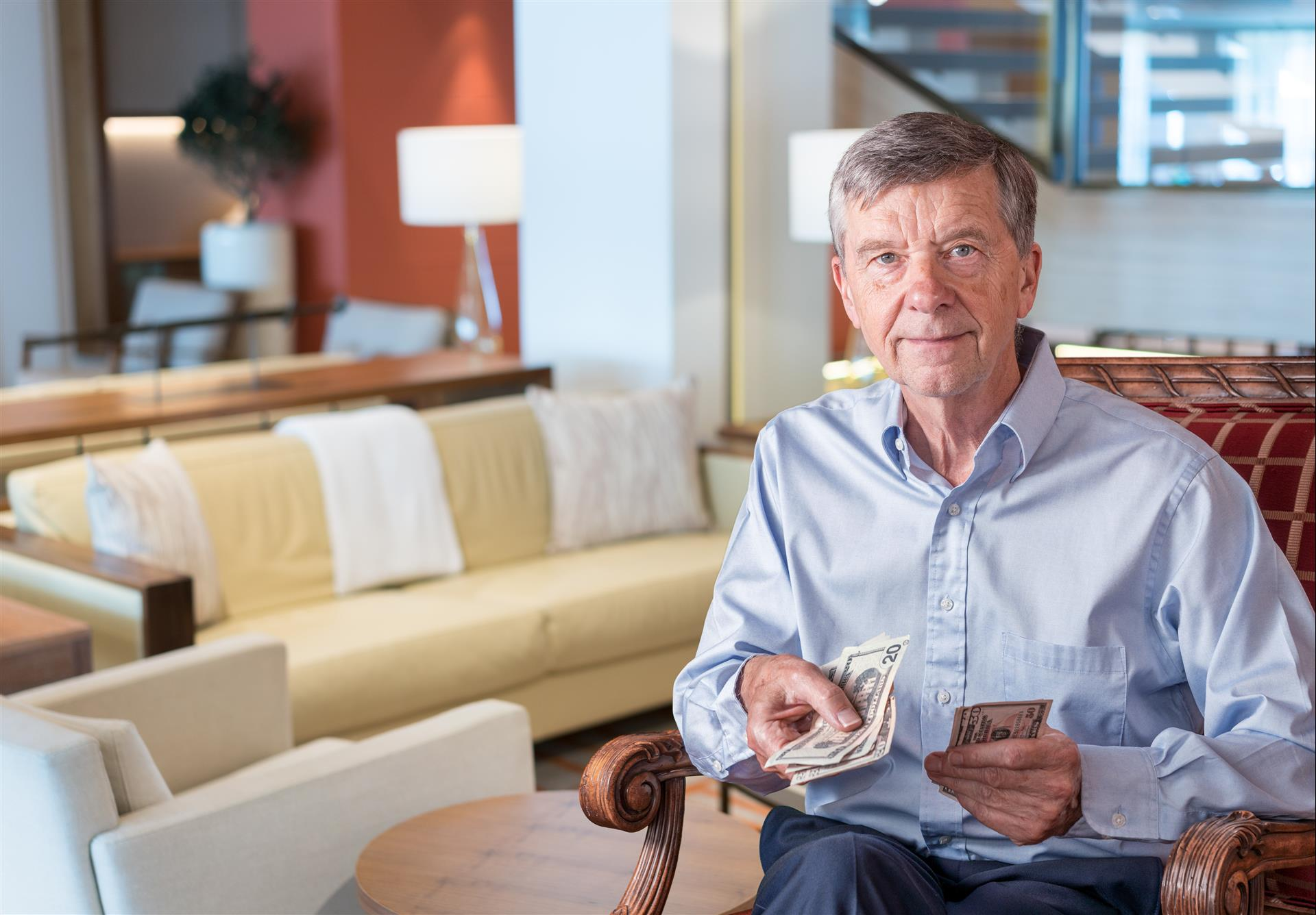 5 Financial Tips for Seniors in Assisted Living Communities
