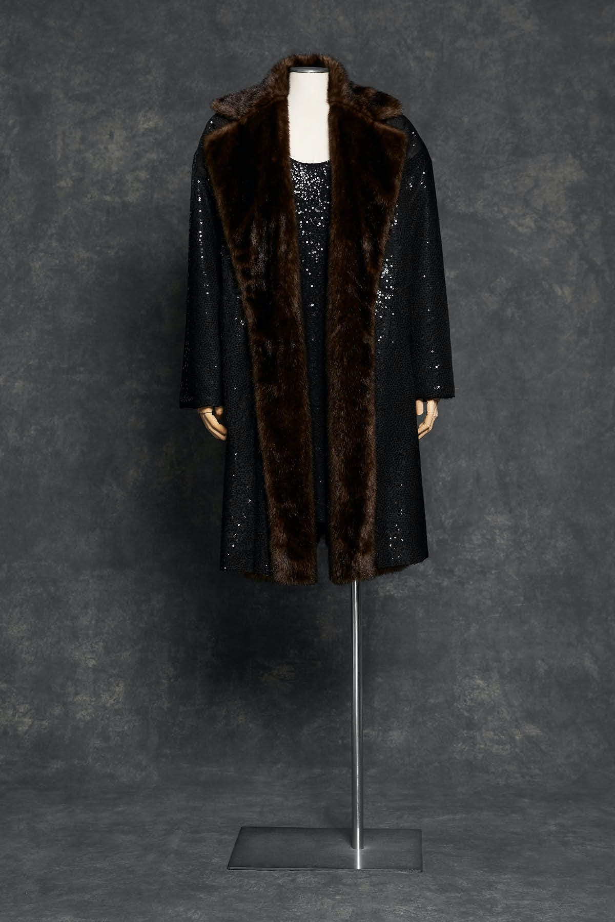 SILK FAILLE BALMACAAN WITH PAILLETTE HAND EMBROIDERY AND FAUX FUR