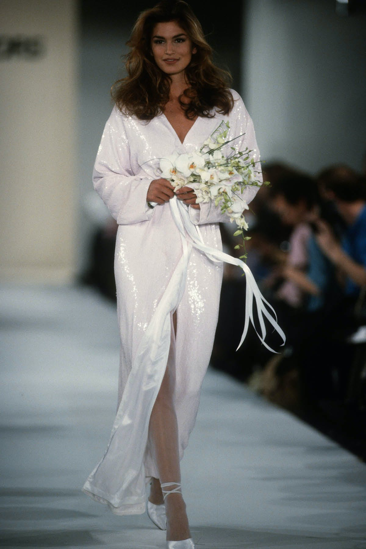 WHITE KIMONO GOWN WITH PAILLETTE HAND EMBROIDERY