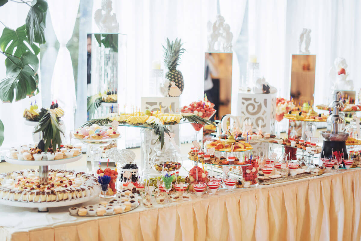 20 Easy Bachelorette Party Food Ideas Anyone Can Make