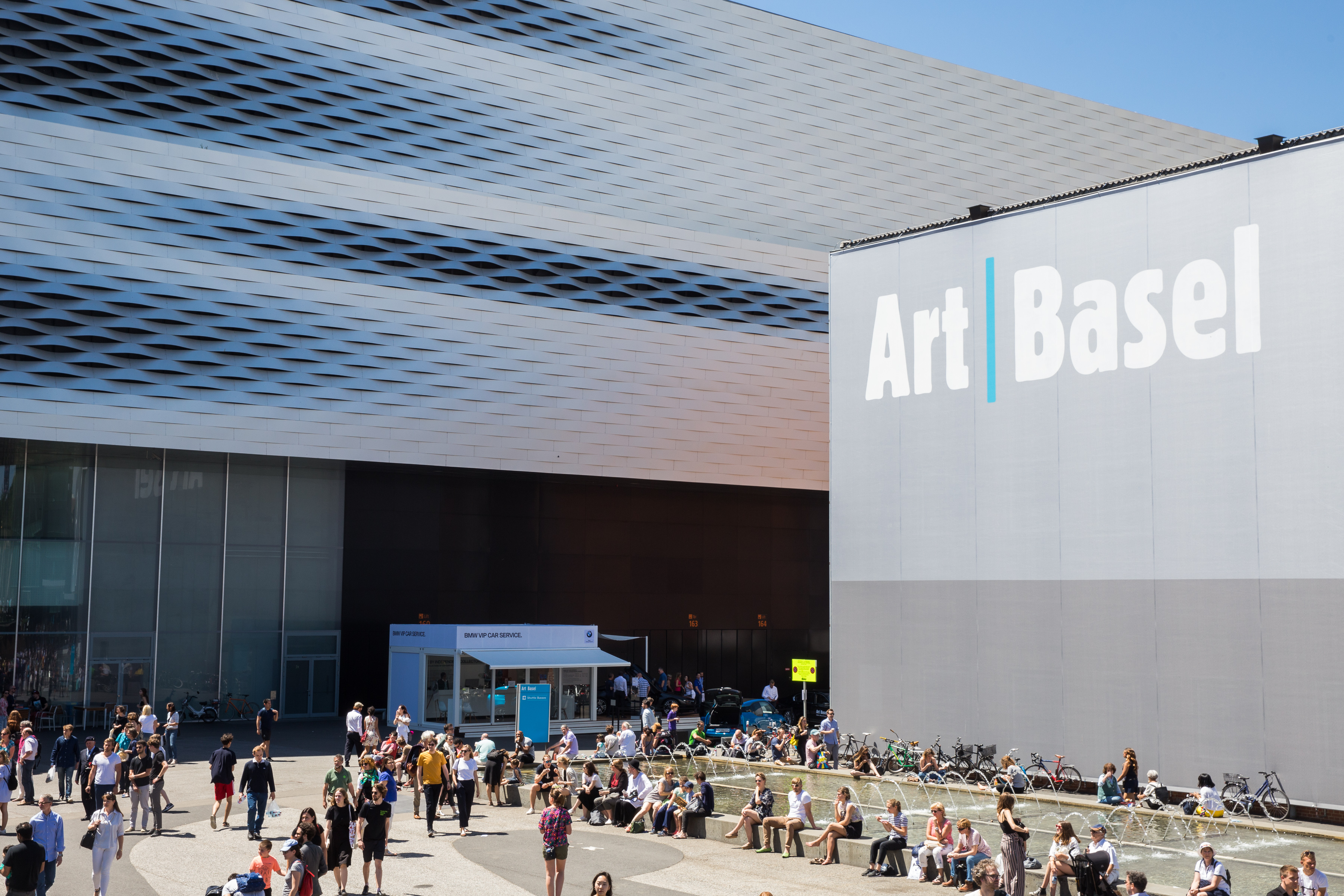 With 273 participating galleries from 33 countries, Art Basel will feature both physical, in-person viewings as well as online viewing rooms