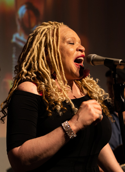 LaRhonda Steele (Portland) is a gospel singer and songwriter recognized as one the region's best rhythm and blues vocalists.
