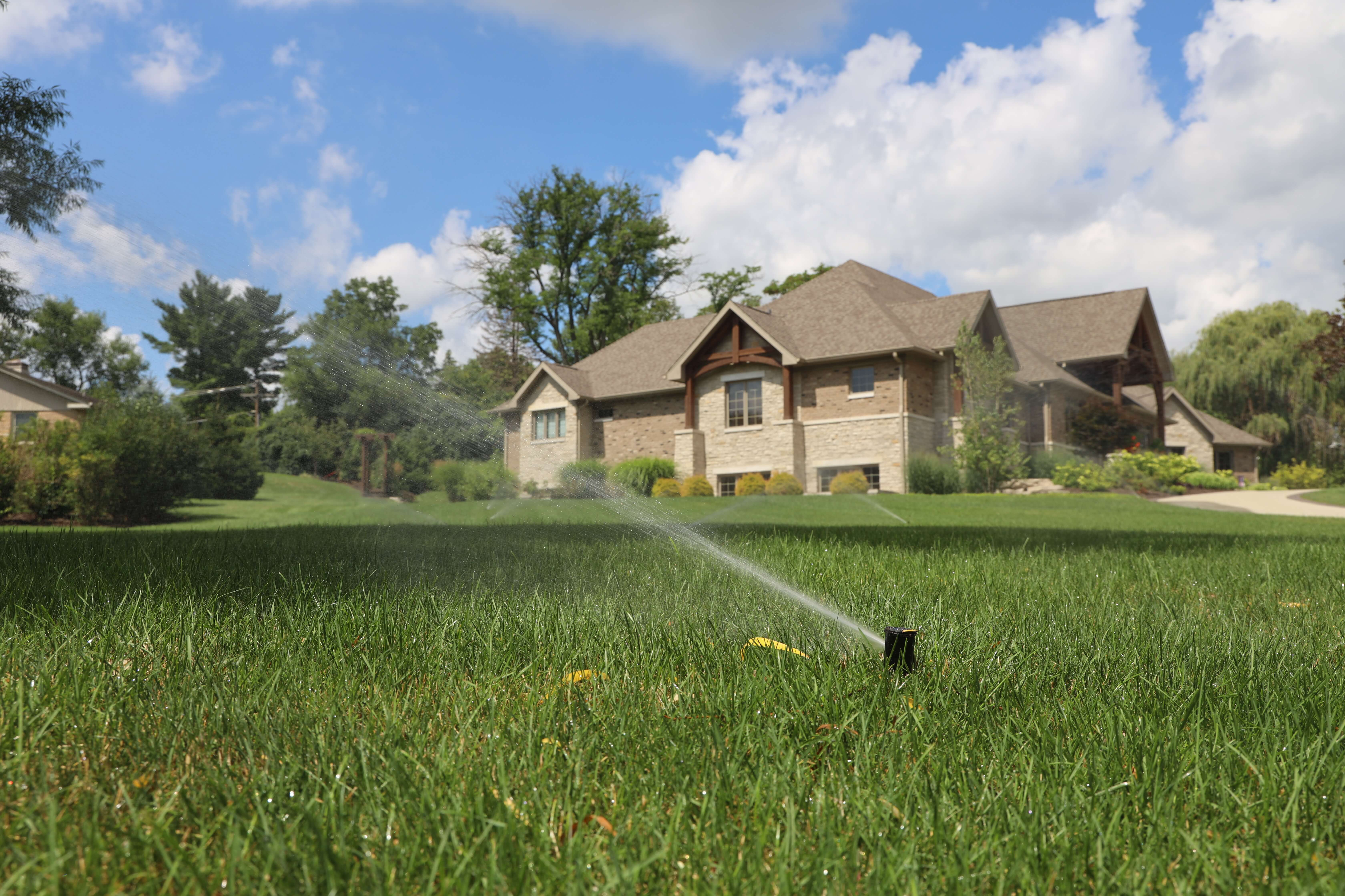 Chicagoland Commercial Sprinklers - Carefree Lawn Sprinklers Inc.