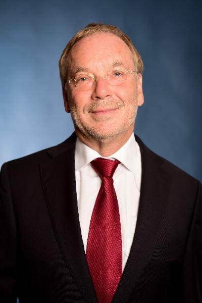 Dr. Bernd Hirthammer