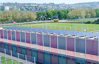 Garderobengebäude von Solarline-Güttinger