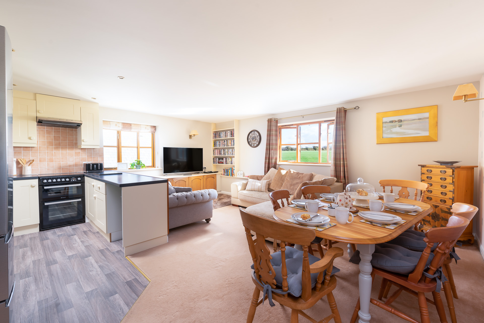 The Tallet Living Dining area
