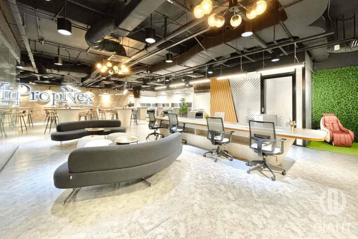 Property Giant Singapore Office Photo