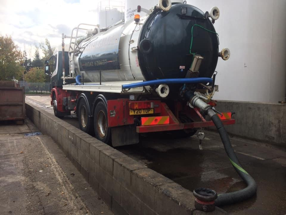 A Southern Energy Solutions van emptying a waste water interceptor