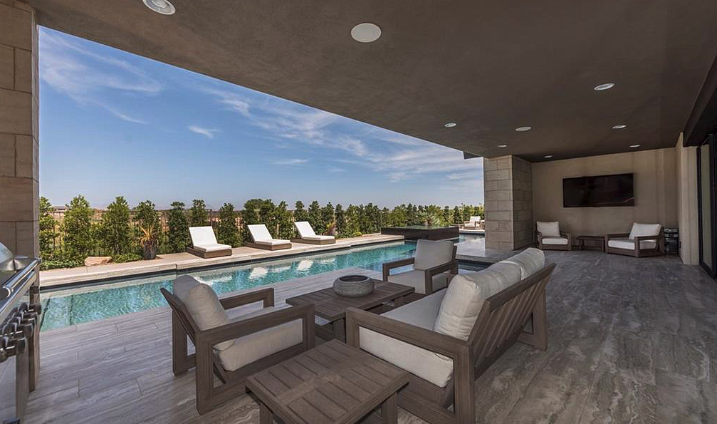 Luxury Home Covered Patio