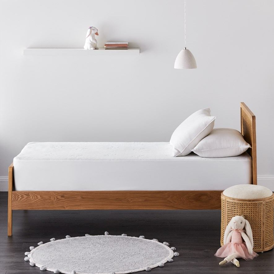 kids bamboo mattress protector
