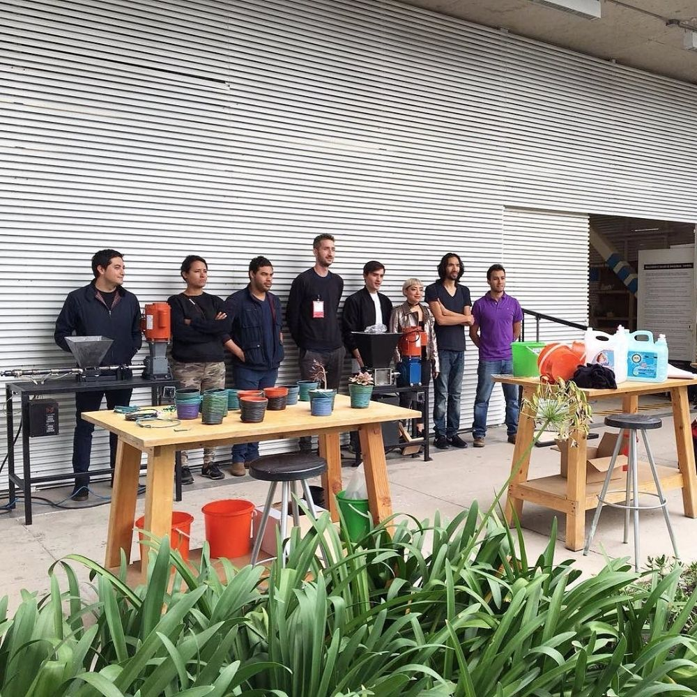 Mexico team of students setting up Precious Plastic
