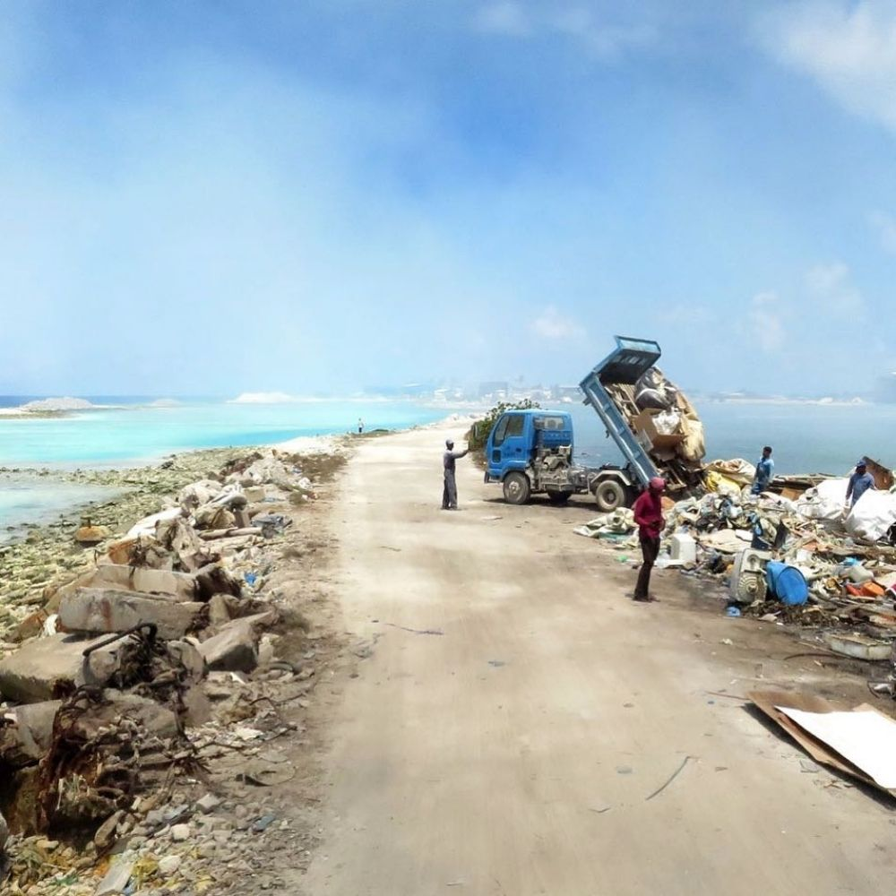 waste in the Maldives