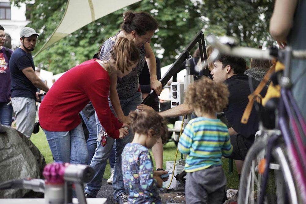 Precious Plastic workshop with kids