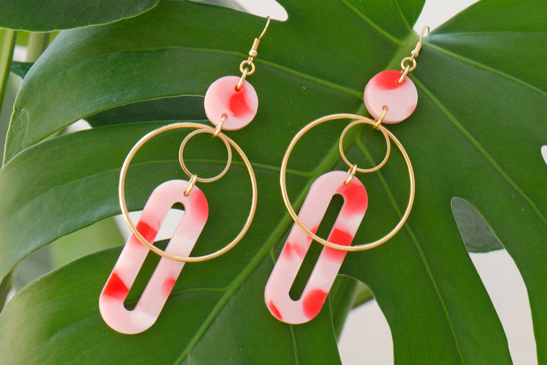 Earrings from recycled plastic