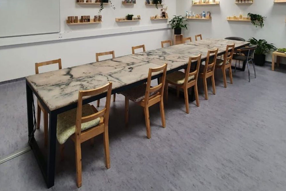Dining table from recycled plastic