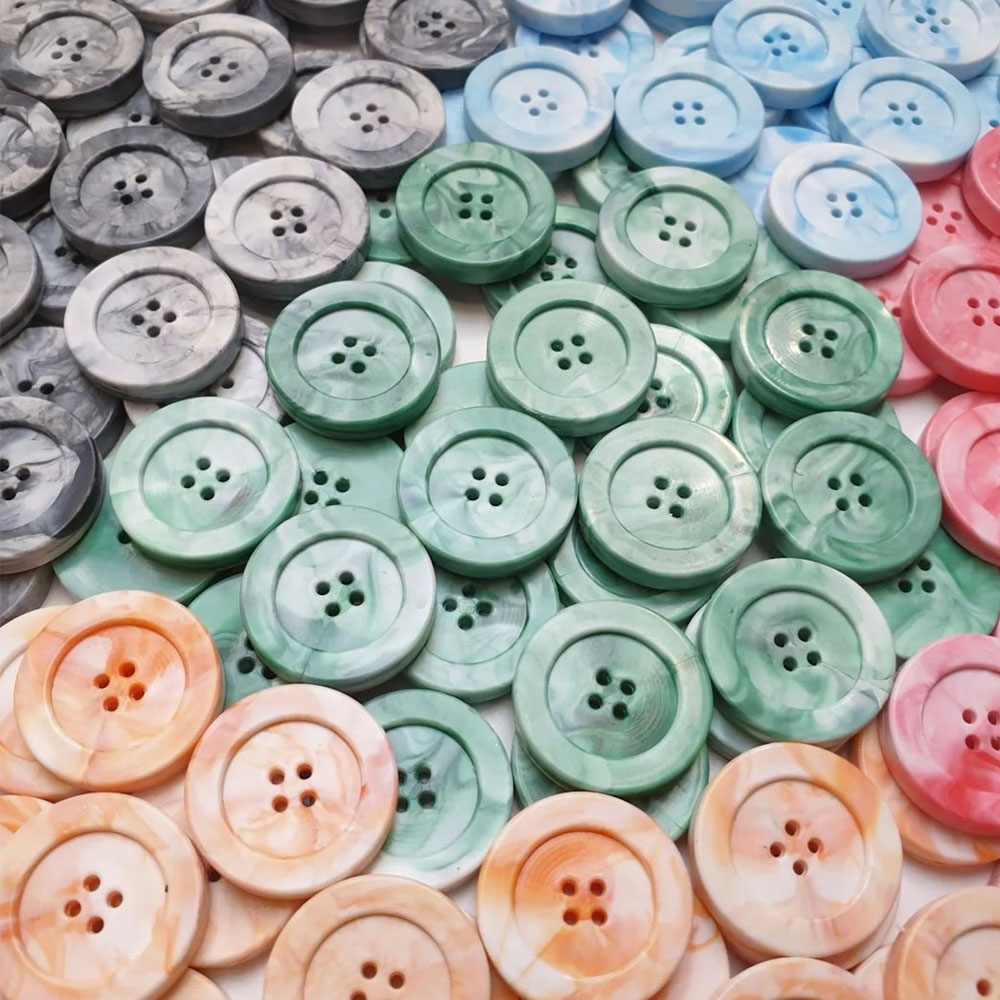 recycled plastic buttons