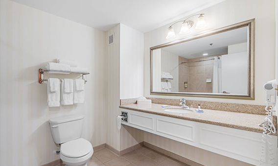 Northside King Bedroom - Clean Bathroom