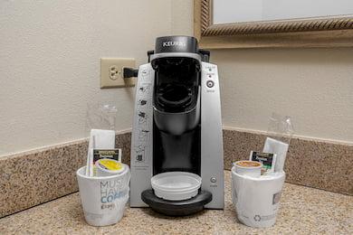 Southside Queen Bedroom - Coffee machine