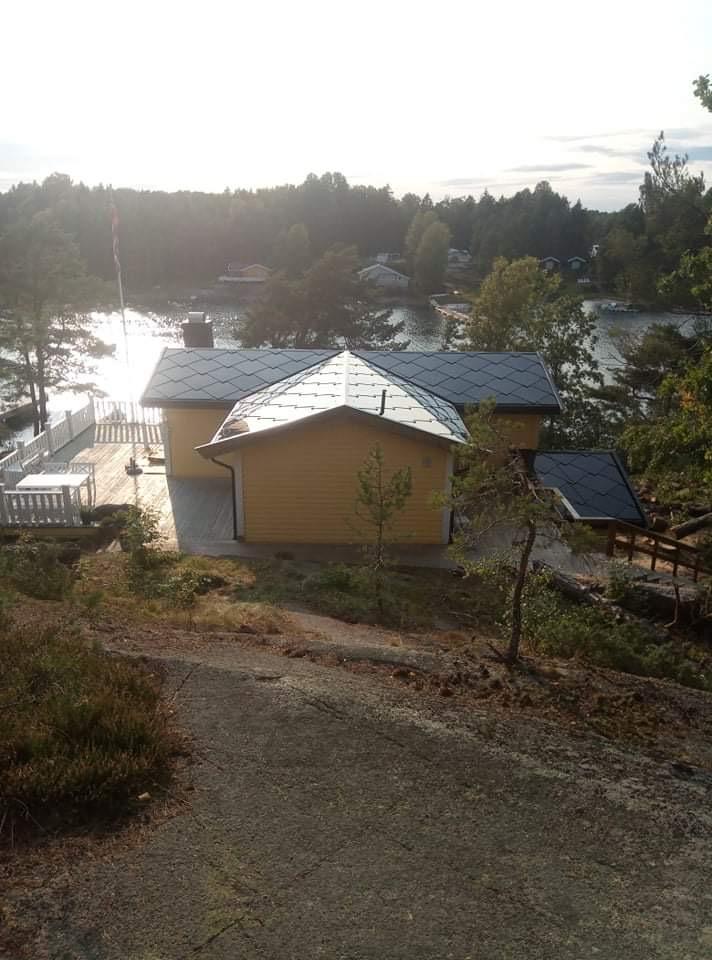 Solcelletakstein på hytta