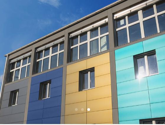 Solceller på fasade kan skaffes i mange ulike farger.