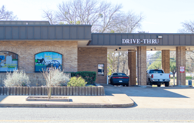 Photo of the drive-thru at Gibson Pharmacy in Athens Texas