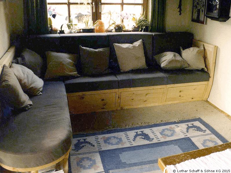 Couch aus Zirben-Kiefer und abnehmbaren Polstern