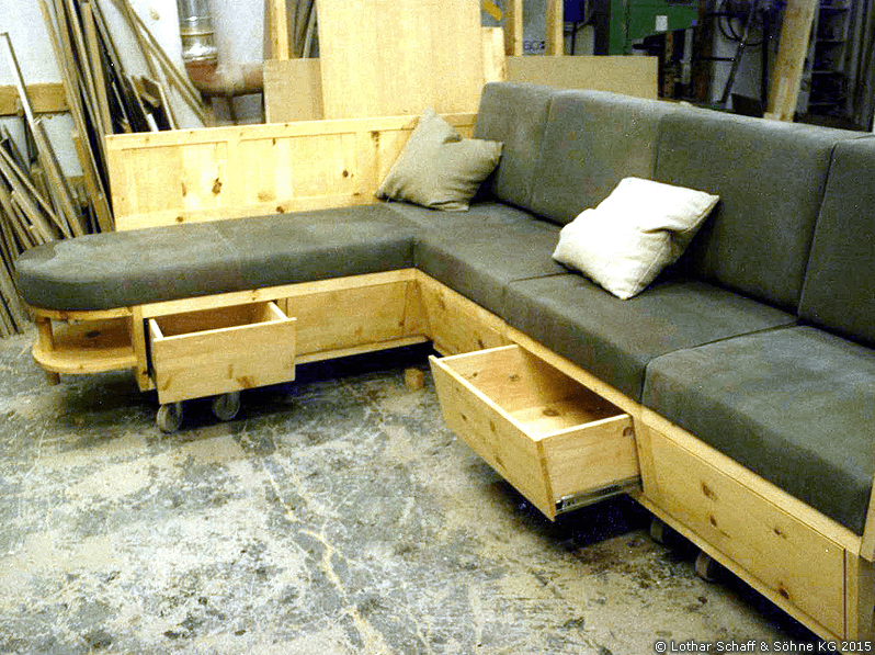 Couch mit Schubladen aus Zirbe