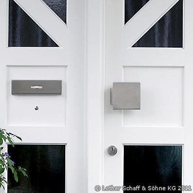 Zweiteilige Eingangstür mit Chinchilla-Glas