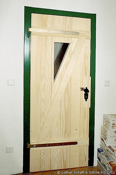 Zimmertür aus Fichtenholz und Stalltür-Optik