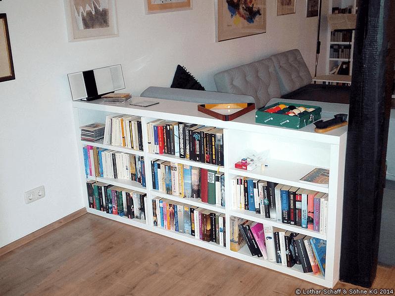 2 Regale als Einbauschrank im Wohnzimmer
