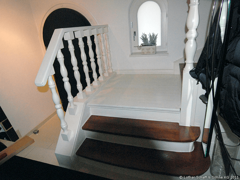 Ate Treppe in weiß