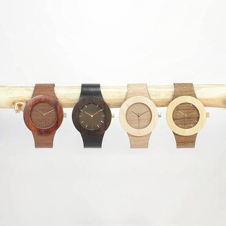 4 Analog watches, simple, wood tones