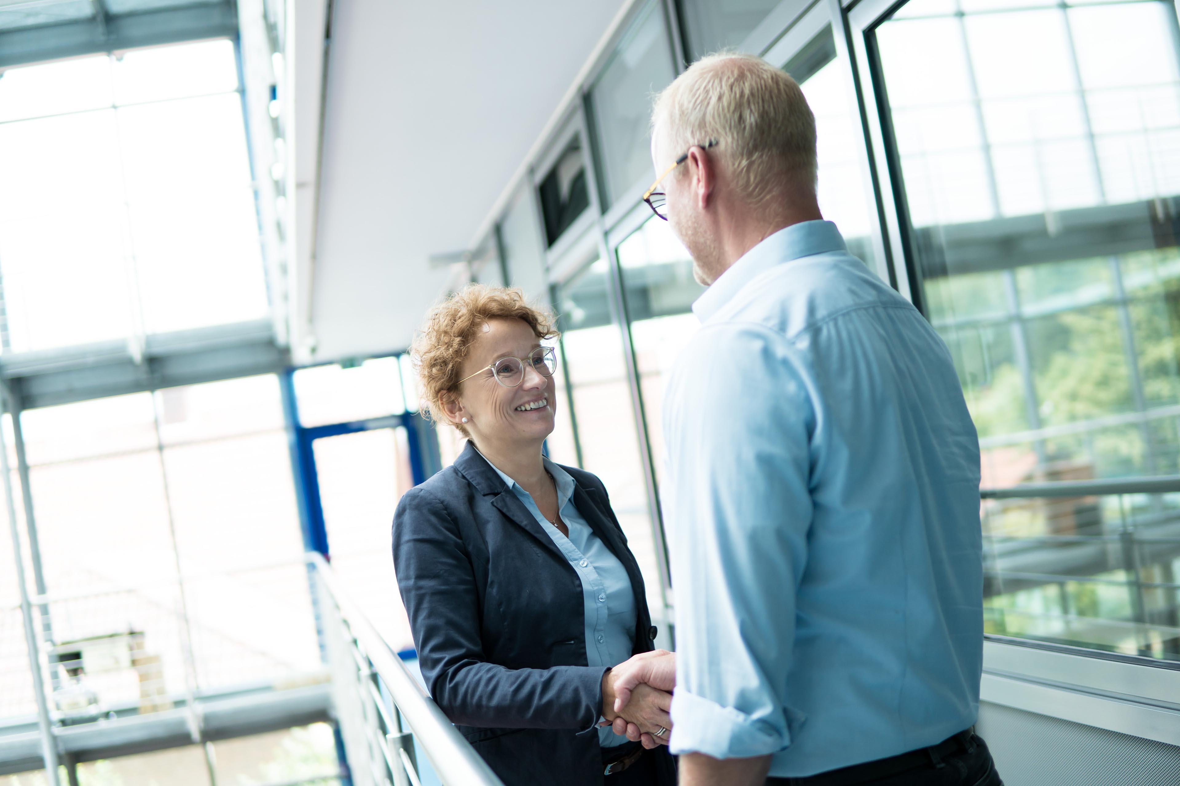 Maike Grünebaum Consulting | Im Kundengespräch