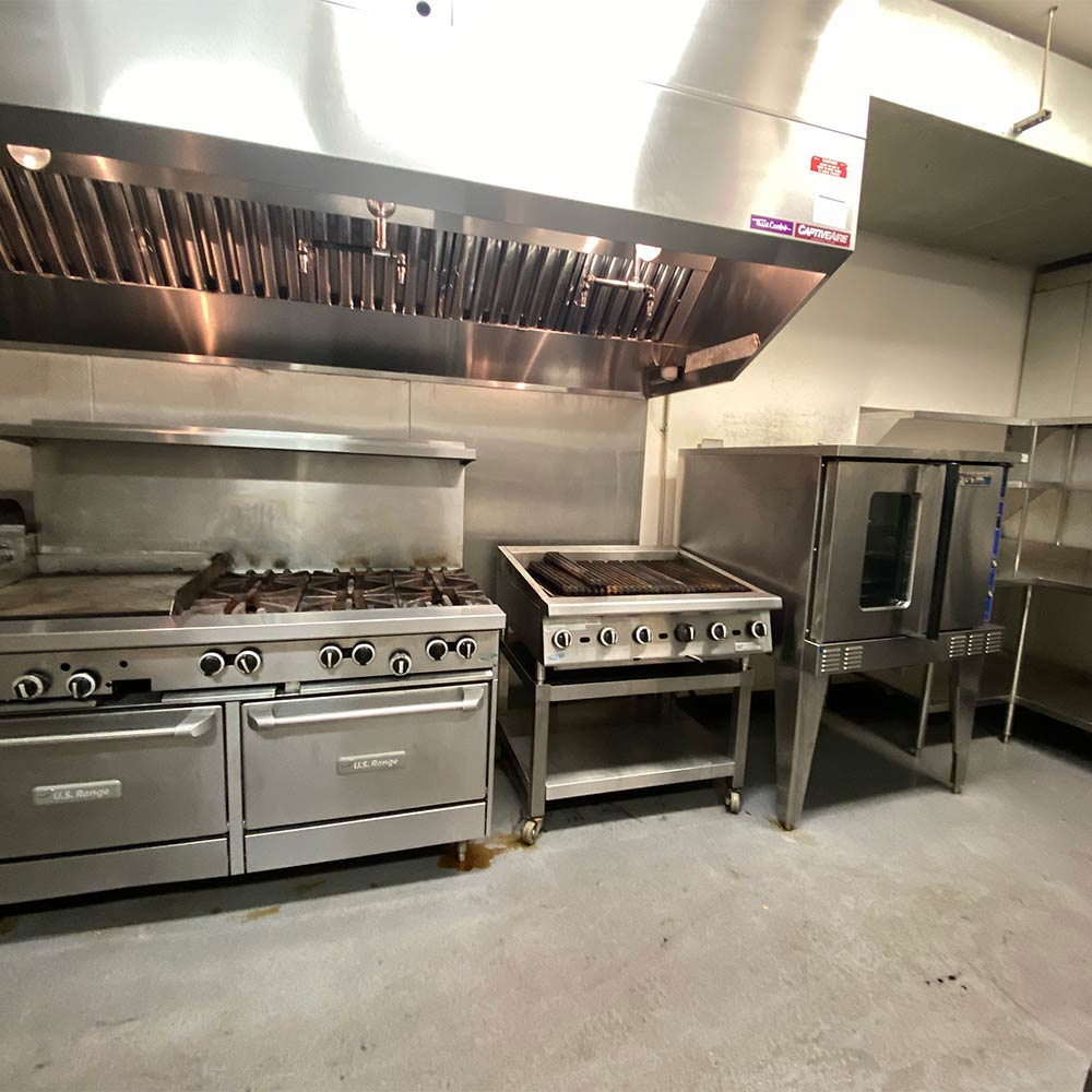 Commercial kitchen steam cleaning in Kelowna