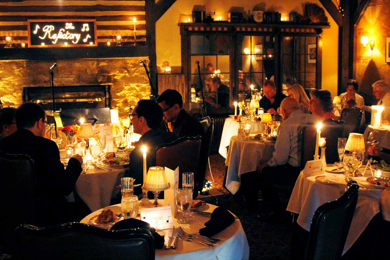 picture of the refectory restaurant event room during a dinner music event