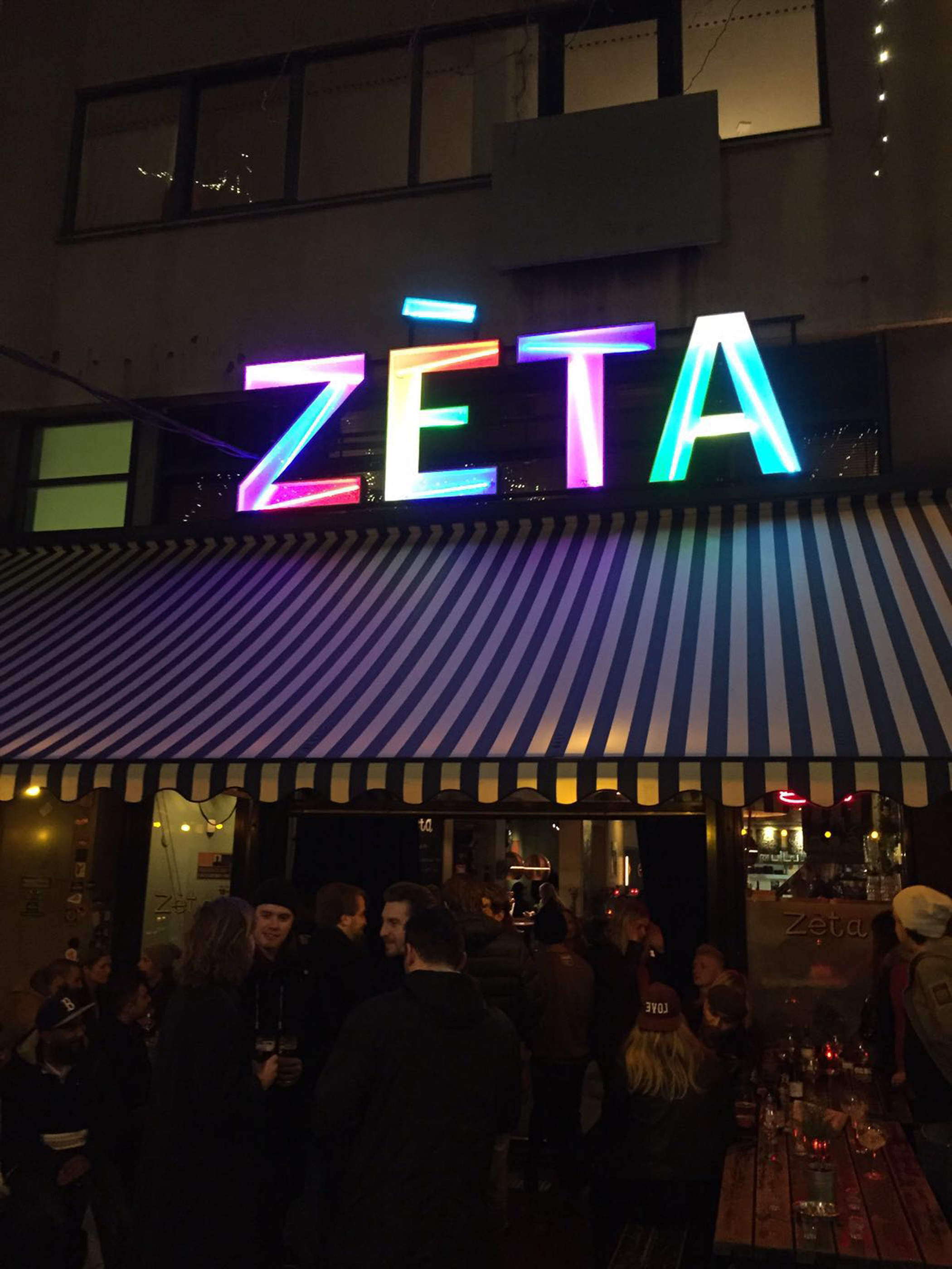 Zeta licht logo