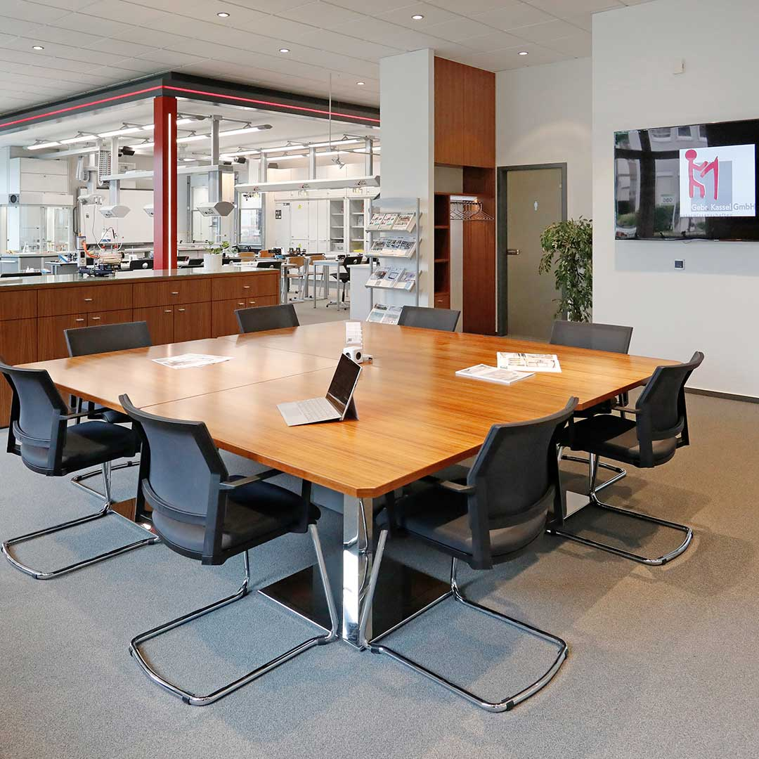 gebr Kassel gmbh mobiliar lehrmittel zeitgemäße Fachberatung direkt vor Ort