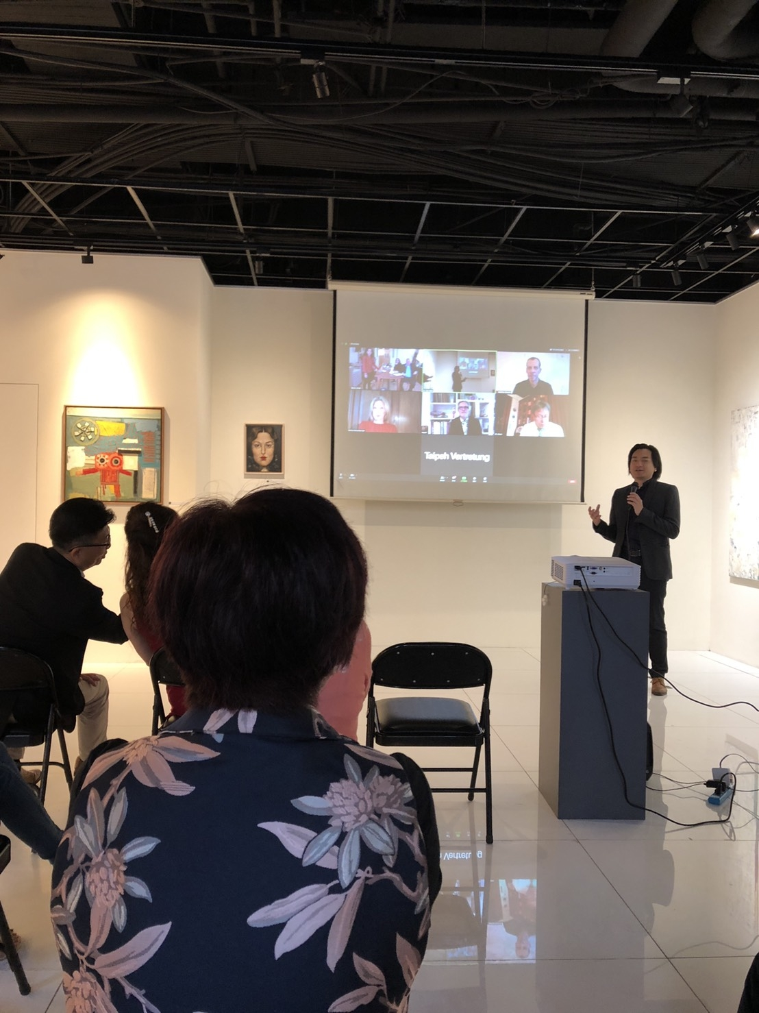 Vernissage - Speech of Yu Tzu-Chun, Director Rodin Art Space Gallery