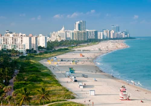 Navigate Your Expat Tax Obligations In Miami, Florida, city landscape