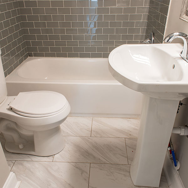Customized bathroom renovation works in Windsor