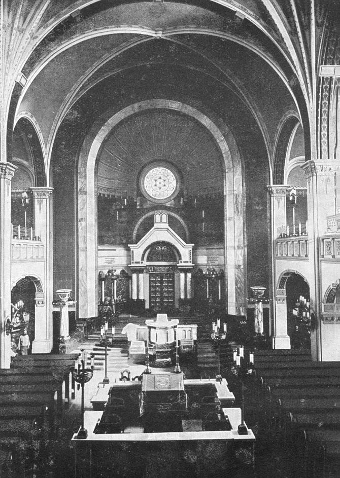 Synagoge am Bornplatz um 1920 Innenansicht © Stiftung Historische Museen Hamburg/Museum für Hamburgische Geschichte